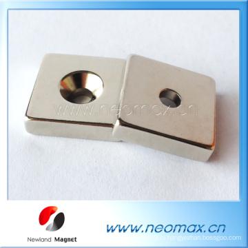 Пользовательский магнит реального уровня N35 NdFeB