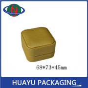 Production of high-grade leather ring box