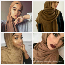 Cómodas mujeres bonitas 75 colores almacenan fábrica de moda mujeres al por mayor de la burbuja arruga bufanda superior del hijab del algodón