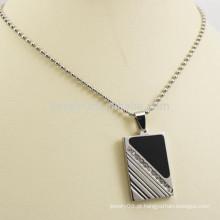 Pingente colar de prata de metal retângulo com diamante e esmalte preto