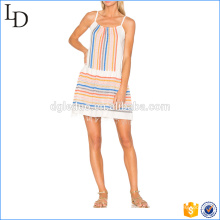 Striping robes de vêtements en gros de la Thaïlande avec une jupe d'été effilochée