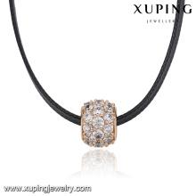 43812 Épais anneau pavé zircon coloré pendentif en cuir collier mode femmes en cuir choker