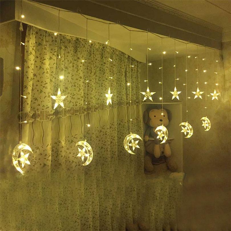 christmas lighting of icicle light