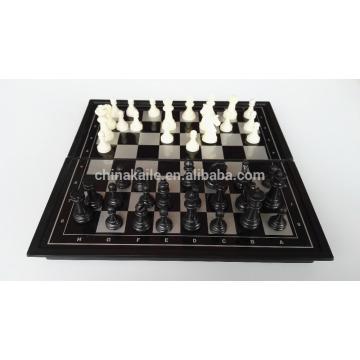 Magnetisches Schachspiel