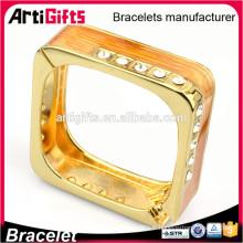 Bracelets vides en forme de carré simple de conception promotionnelle