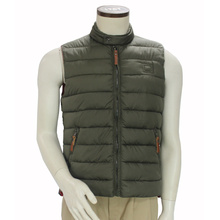 Men′s Fashion Cold Weather Winter Sleeveless Puffy Vest High Neck Hooded Vest