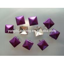 Estampación de la última tecnología púrpura metal claw beads