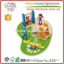 Lovely Design Мини Деревянные игрушки Детская площадка с деревянными качелями, слайдом и смотровой пилой