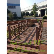 Rails anti-UV hautement fonctionnels anti-UV WPC rails a machiné des rambardes