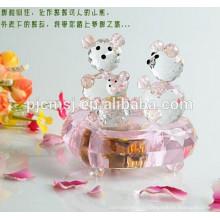 Boîte à musique en cristal rose d'ours de nounours pour la faveur de mariage