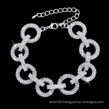 Jingling wedding bracelets and classic design