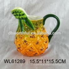 Großhandel Keramik Milchbecher mit großen Griff in Ananas Form