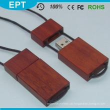 Red Wood Stick mit Schnur USB-Stick