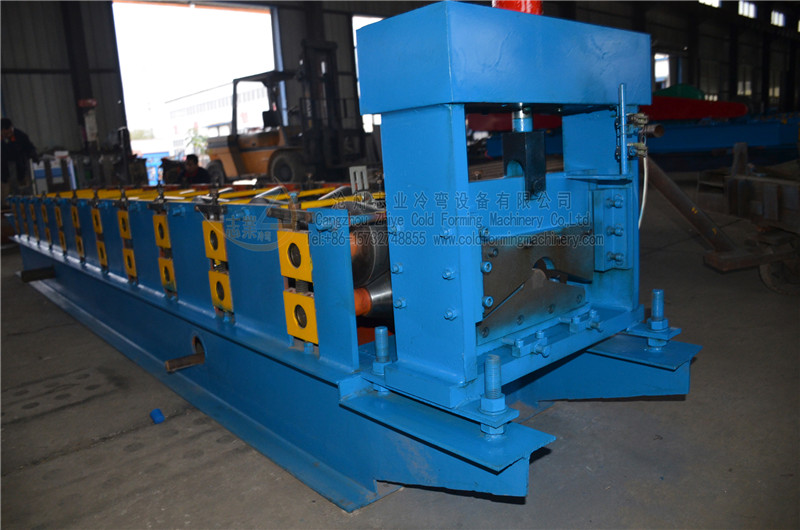 Lembaran Ridge Jenis Galvanized Eropah Roll Forming Machine