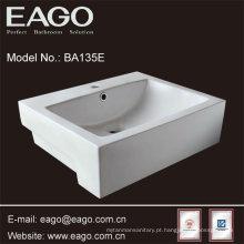 Bacia cerâmica do banheiro da parte superior contrária de EAGO