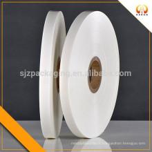 Film blanc et transperent au polyester laiteux