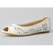Summer Ladies / Womens Ballerina Flats Pu Lining Material White Color