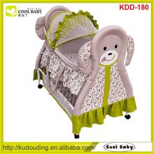 Fabricant NOUVEAU Baby Cradle Portable Cradle Swing Baby Bed avec mouche papillon