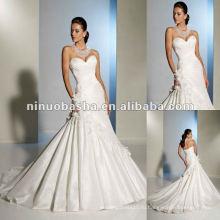 Марсель тафты пышно Драпированные всей лиф и подчеркивает возлюбленной декольте свадебное платье