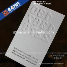 Cartão de visita de qualidade em relevo em tela de seda