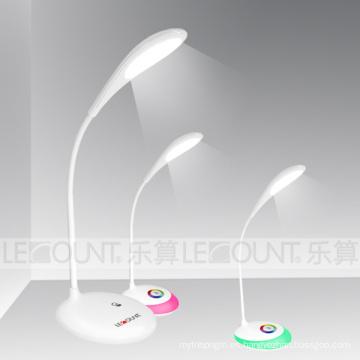 Touch-Sensitive recargable LED lámpara de mesa con colores vivos (LTB716)