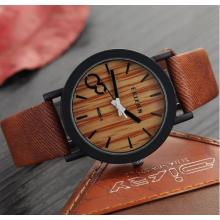 Yxl-461 Wholesale 2016 New Trend Fashion Vintage Watch Quartz Leather Strap Ladies Wrist Watch