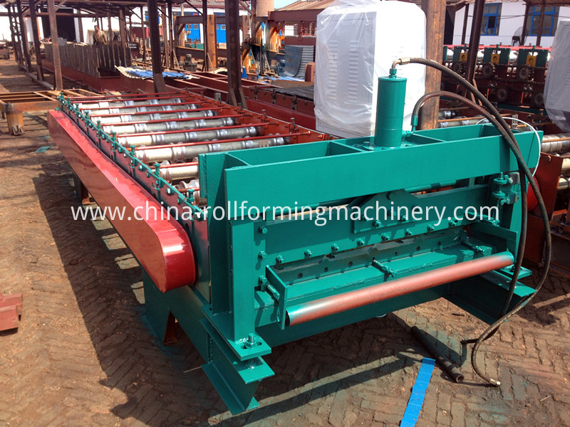 900 wall panel rolling machine