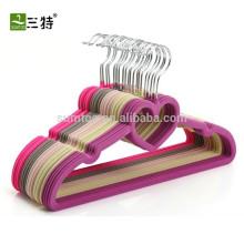 Индивидуальные высококачественные бархатные вешалки