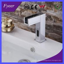Robinet de lavabo automatique Fyeer le plus récent à capteur froid seulement (QH0155)