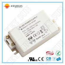 Shenzhen führte Leistung Fahrer Fabrik billig preis12W konstante Spannung 12V LED-Treiber