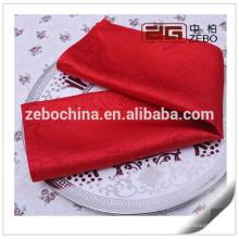 100% polyester et haute qualité tissés teintés en gros serviettes de table en gros