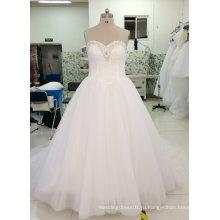 Новый реальный образец свадебное платье с декольте Искрение