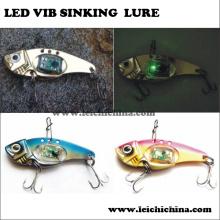 Isca de afundamento de vibração com luz LED Jigging de água salgada