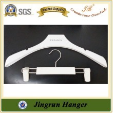 Reliable Quality Plastic Clip Hanger Cheap Hanger for Trousers