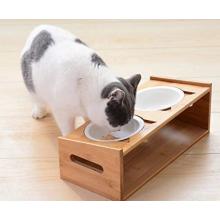 Bacia do animal de estimação com plataforma de alimentação