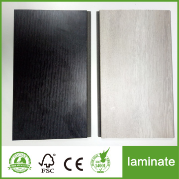 Roble impermeable 8 mm negro laminado