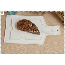 Umweltfreundliche billige weiße Porzellan flache Pizzaplatte mit Griff