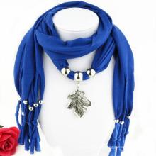 China fabrica hoja de metal decorado personalizado colgante infinito bufanda collar