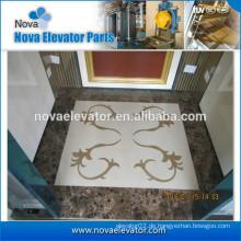 Aufzugsboden mit schönem Muster