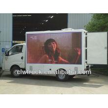 Foton Baorui móvil llevó anuncio camión