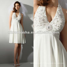 Chiffon frisado halter frente broche sash vestido de noiva