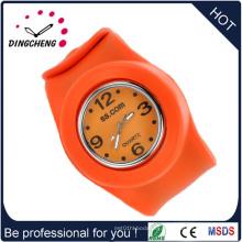 Reloj adulto impermeable de la palmada del silicón del deporte del hombre del cuarzo a prueba de agua (DC-1352)