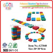 Equipamento de parque de diversões Blocos ocos de plástico para crianças
