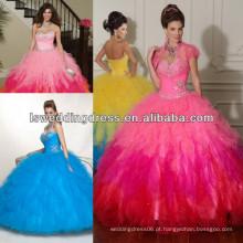 HQ2020 Hot pink shinny talhado em cima das camadas de duas camadas de tulle com duas cores vestido de bola saia grande laço para cima de volta vestido de quinceanera de pavão