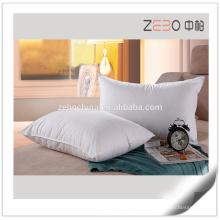 Kundenspezifische Größe vorhandene preiswerte Großhandelsweißkissen-Faser-Füllung für Verkauf