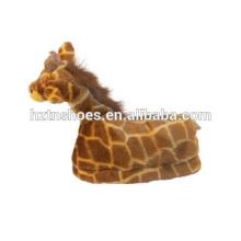 Happy Feet - Giraffe - Winter animal slippers for adults