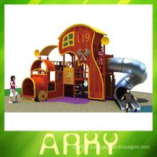 Équipement de terrain de jeux pour enfants ayant des besoins particuliers