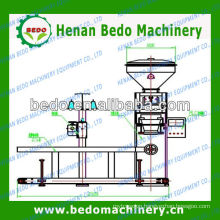 corn/bean/wheat/wood pellet/ rice packing machine 008613592516014