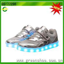 Enfants meilleurs cadeaux LED lumineux enfants éclairage chaussures