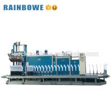Máquina de abordaje rotatoria automática automatizada del calcetero del setter del vapor 180pcs / 240pcs